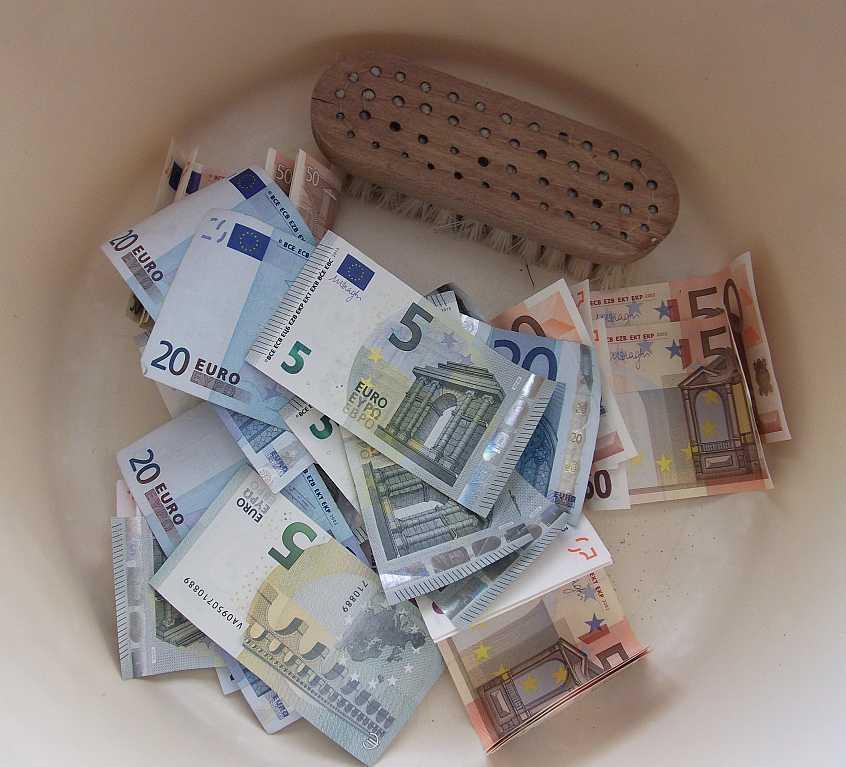 Geldwäsche in der nichtstrafbaren Form